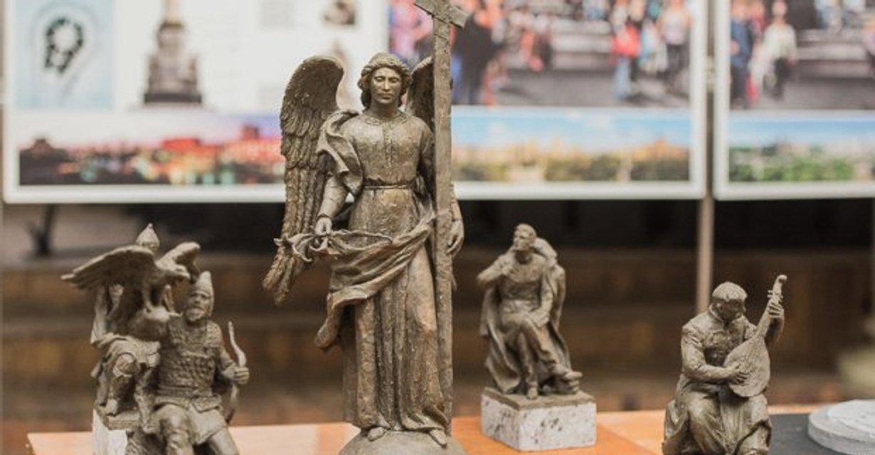 В Харькове на месте памятника Ленину появится ангел - фото 32922