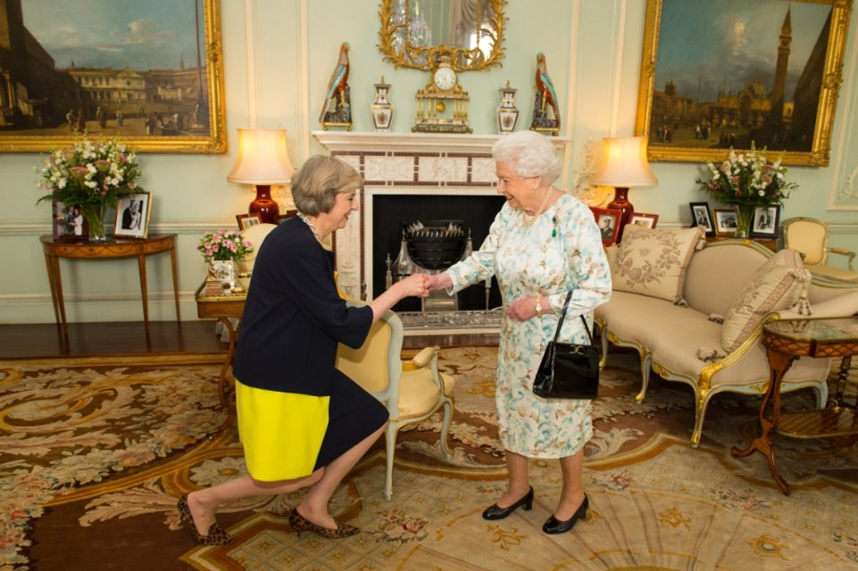 Эпоха Елизаветы. Королева Великобритании отмечает 65 лет правления - фото 33300