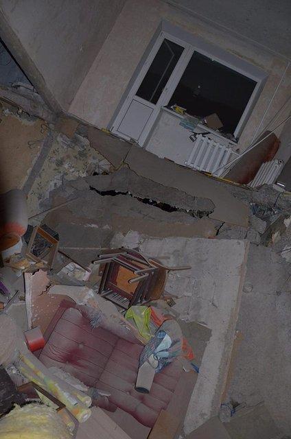 Пресс-центр АТО опубликовал фото последствий обстрела боевиками Авдеевки - фото 34890