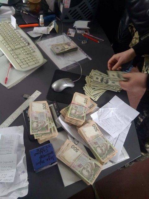 Полковник ГСЧС попался на взятке в 820 тысяч гривен  - фото 32710