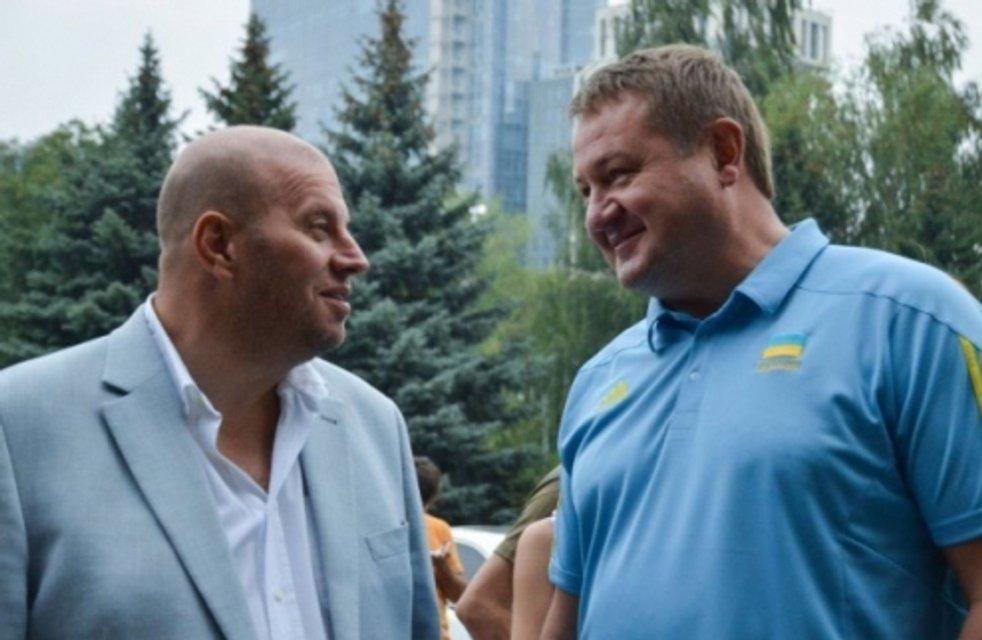 Сіамські близнюки. Як поріднились українські спорт і політика - фото 36047