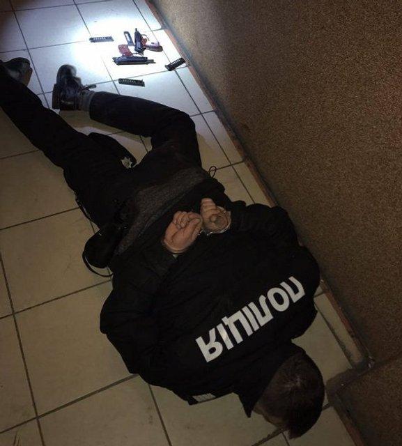 Во Львове разоблачили ОПГ из числа полицейских - фото 36206