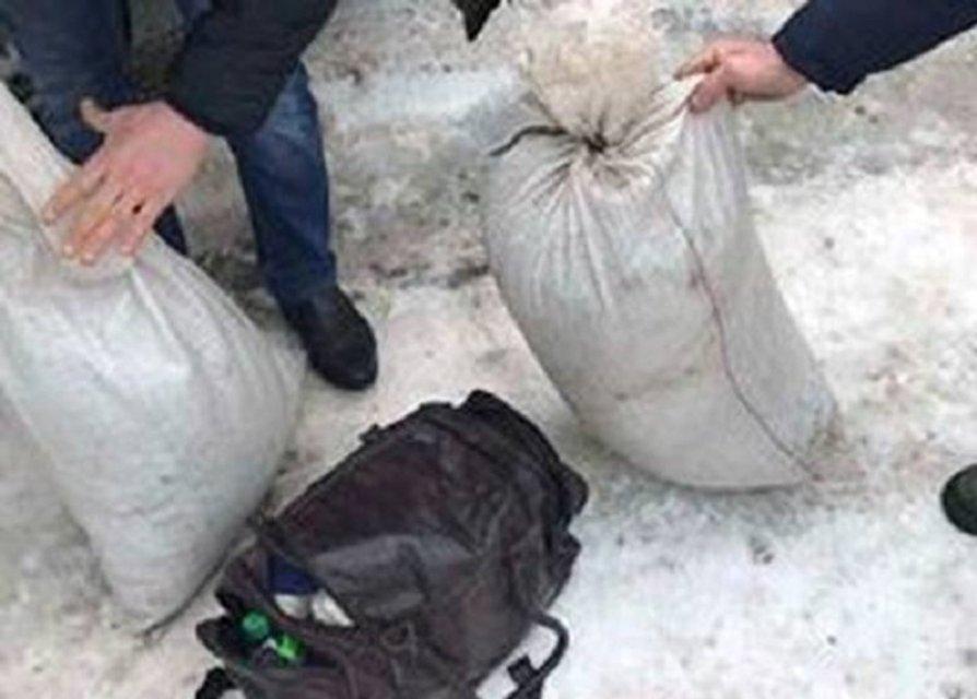 В Киевской области задержан мужчина, перевозивший наркотики на полмиллиона гривен - фото 35115