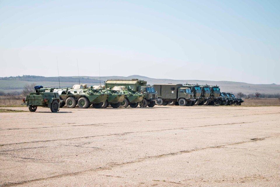 В оккупированный Крым прибыли новые подразделения войск РФ - фото 39722