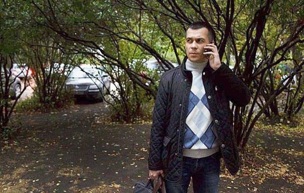 Эмиль Курбединов сообщил на Facebook о похищении гражданского активиста  неизвестными в масках - фото 40286