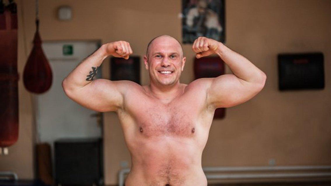 Как Матиос. Илья Кива показал свою татуировку - фото 43147