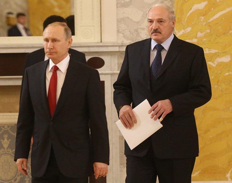 Лукашенко снова рядом - фото 41066