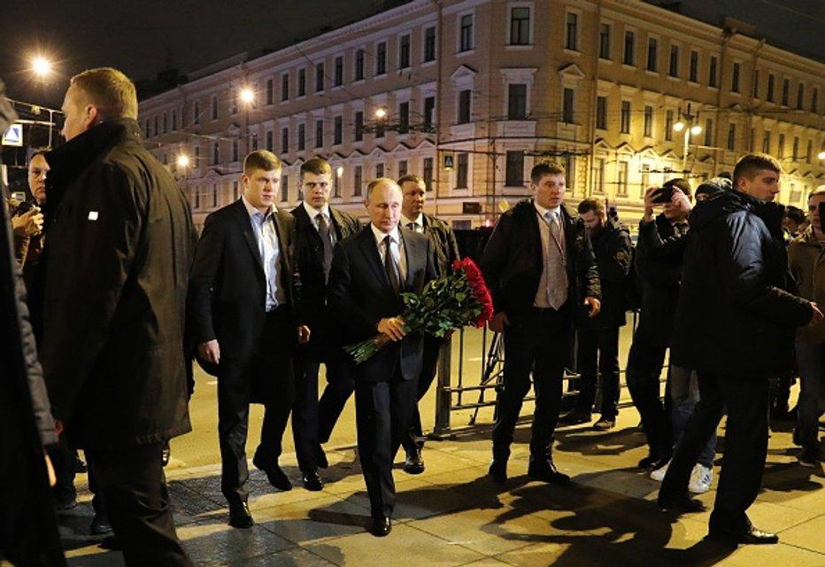Путин собирает электоральную выгоду - фото 41065