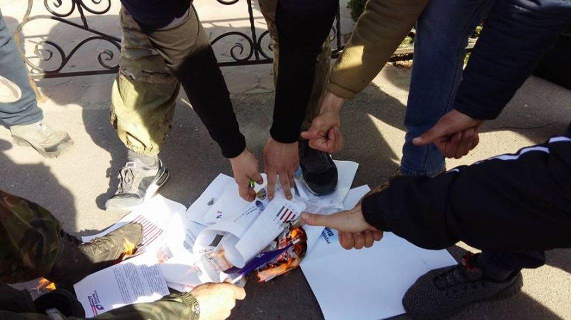 В Сумской области разогнали собрание соратников Медведчука - фото 44107