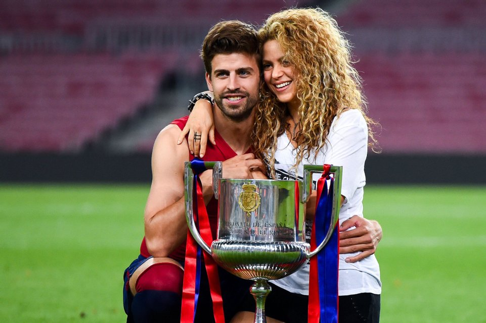 Пара очень счастлива вместе - фото 48365