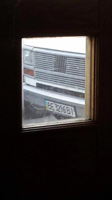 В Минфине заявили, что за ними следит подозрительный фургон с фейковыми номерами - фото 46607
