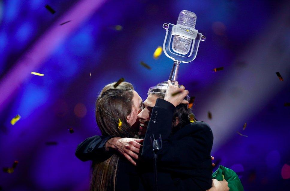 Сальвадор Собрал. Что известно о победителе Евровидения-2017 - фото 46430
