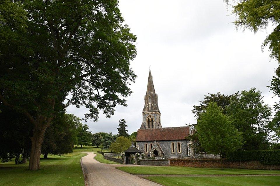 Церемония состоялась в церкви святого Марка в Энглфилде - фото 47874