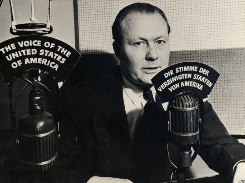 Голос Америки был задуман как средство борьбы с тоталитарной пропагандой - фото 47895