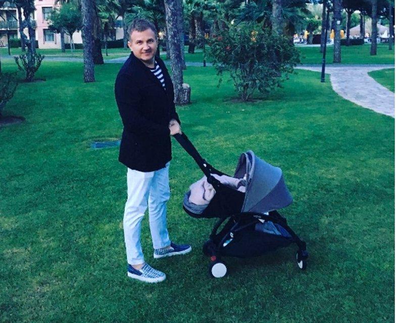 Сладкие моменты: Юрий Горбунов показал трогательное фото с сыном - фото 48711