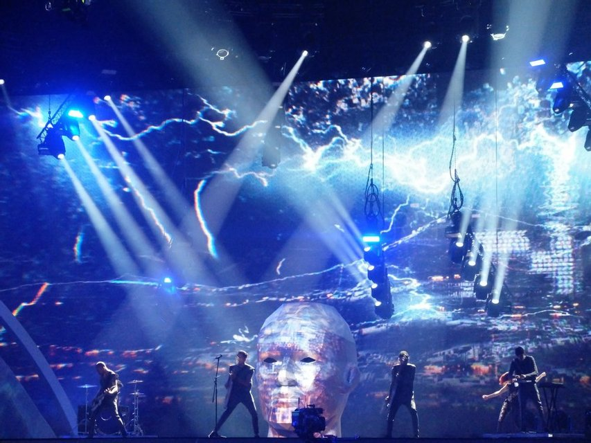Репетиция O.Torvald: огромная голова на сцене Евровидения и белье в подарок журналистке - фото 45682