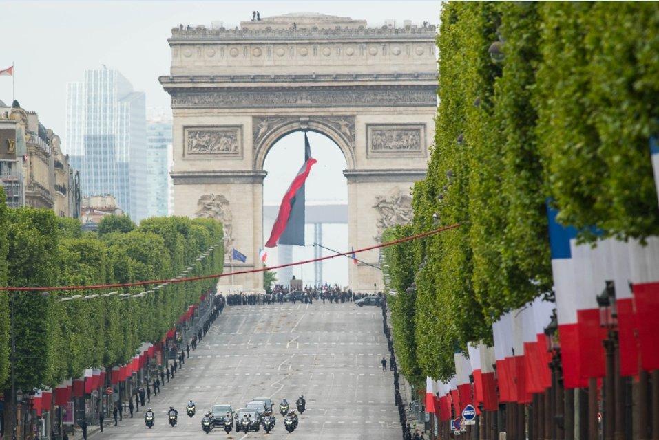У Франції взяв гору здоровий глузд - фото 45810