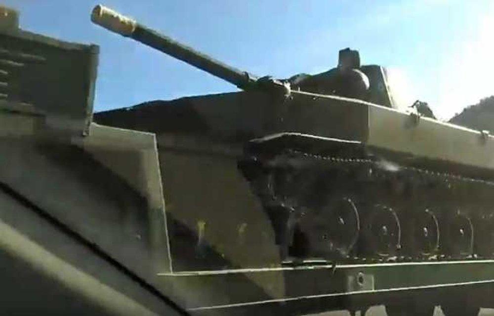 Милитаризация в действии: под Симферополем грузовик оккупантов протаранил автобус с людьми - фото 46160