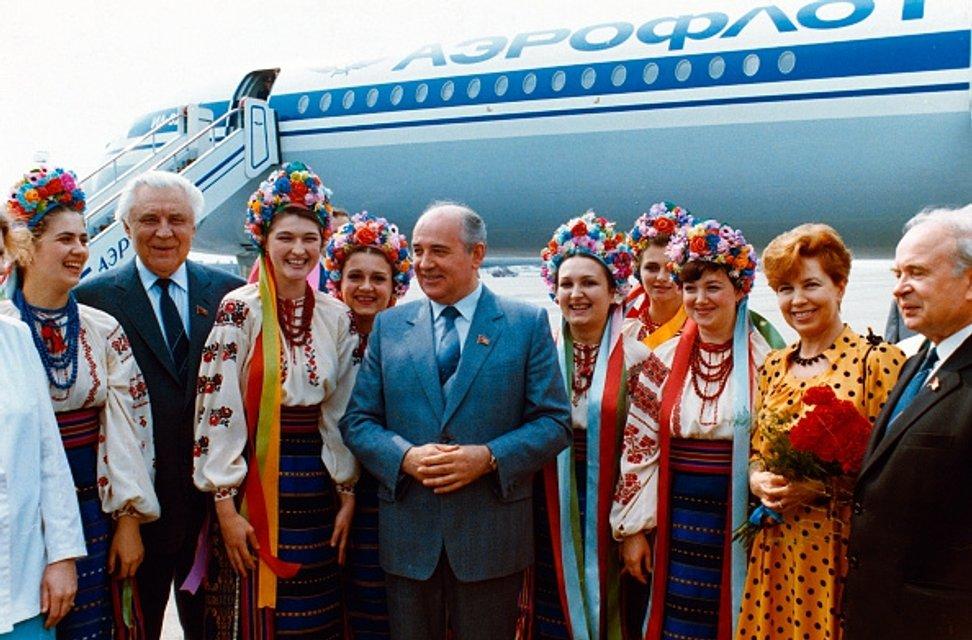 Горбачев в Киеве - фото 45167
