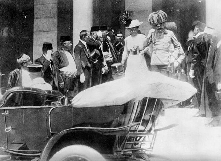 Сараево, 8 июня 1914 июня. Австрийский эрцгерцог Франц Фердинанд и его супруга Софи - фото 54763