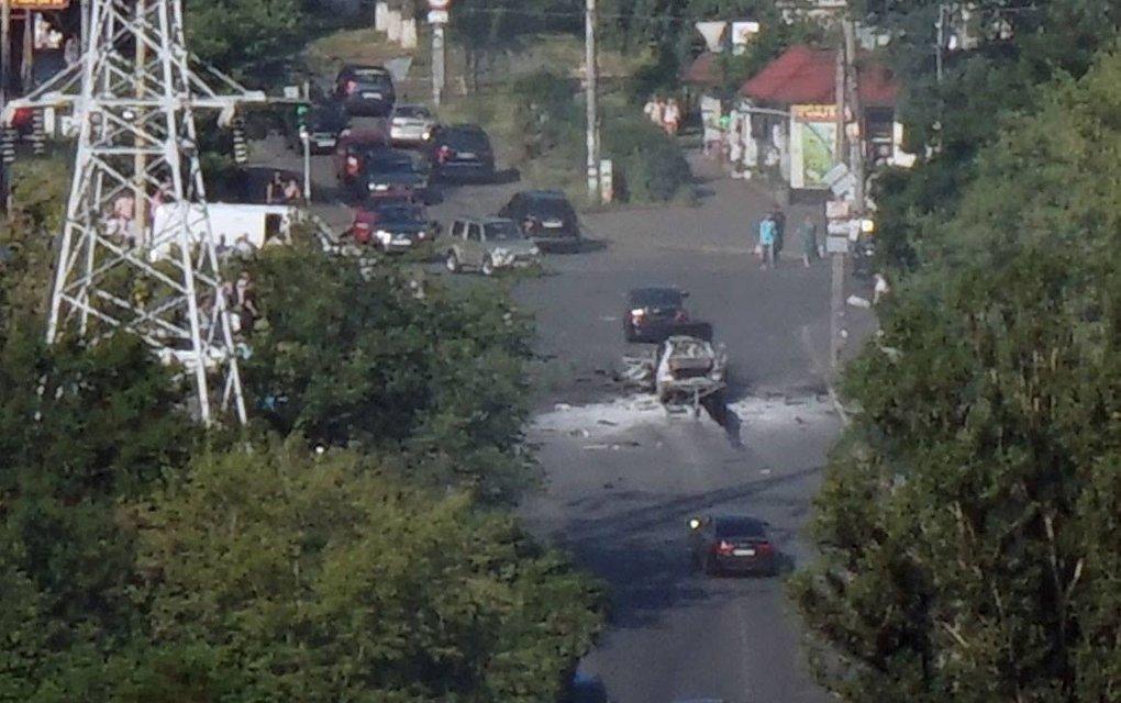 В Киеве прогремел мощный взрыв: от авто ничего не осталось - фото 54248