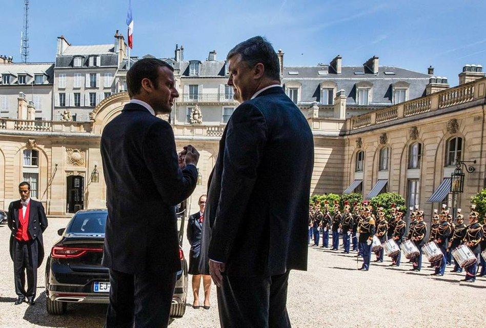 Порошенко и Макрон во Франции - фото 54103