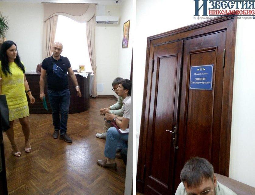 Мер Николаева спрятался в кабинете от обвинения в коррупции - фото 51472