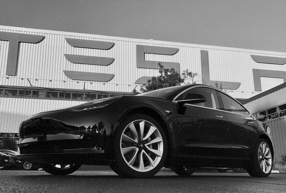 Tesla Model 3: фото нового электромобиля - фото 61801