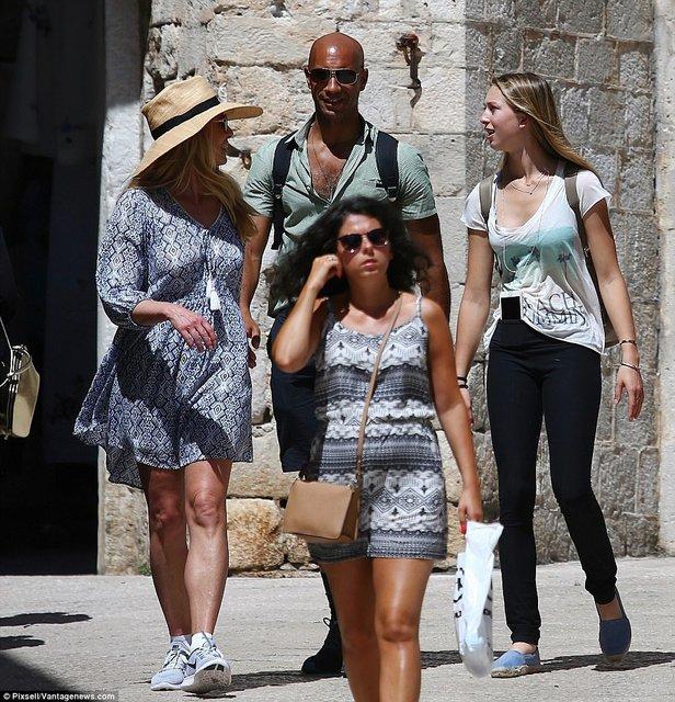Вдова Стива Джобса Лорен отдыхает в Хорватии с новым мужем - фото 61095