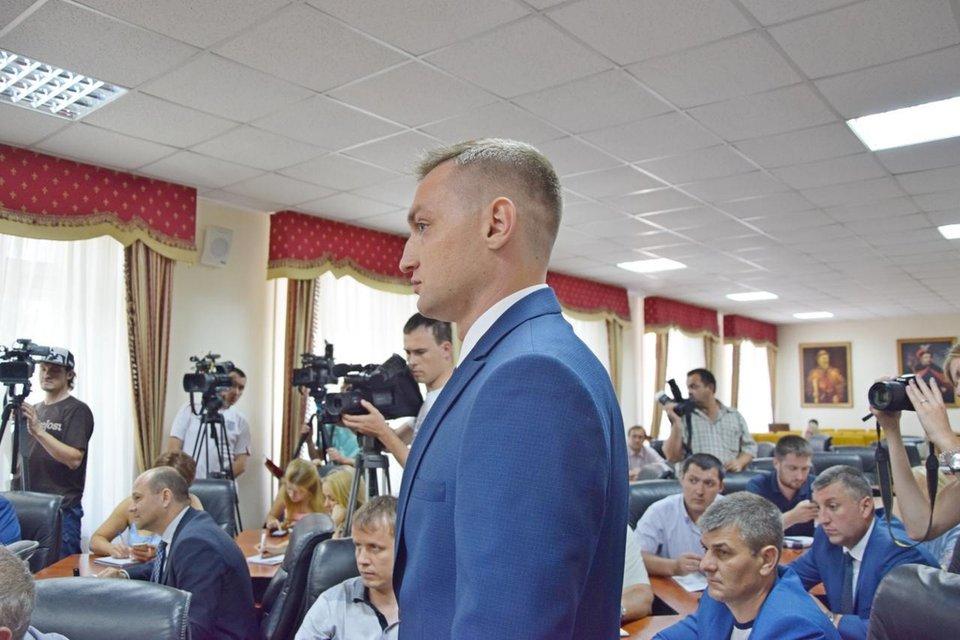 Летчик-штурмовик Владислав Волошин стал замгендиректора аэропорта - фото 60313