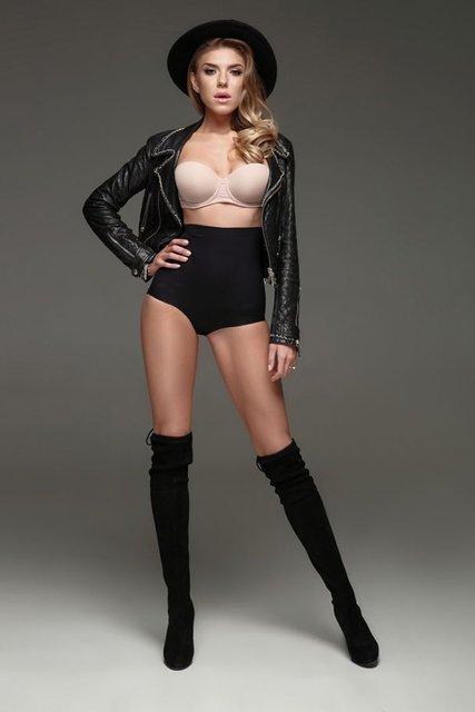 Ассоль снялась в секси-фотосете для рекламы сингла - фото 60560