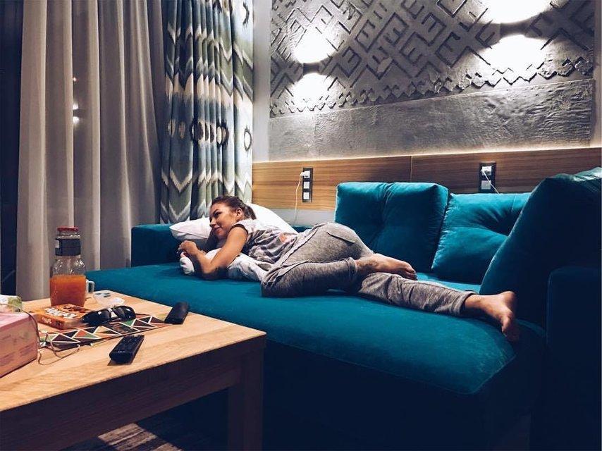 Логунова показала фото Ступки и дочери на отдыхе - фото 61233