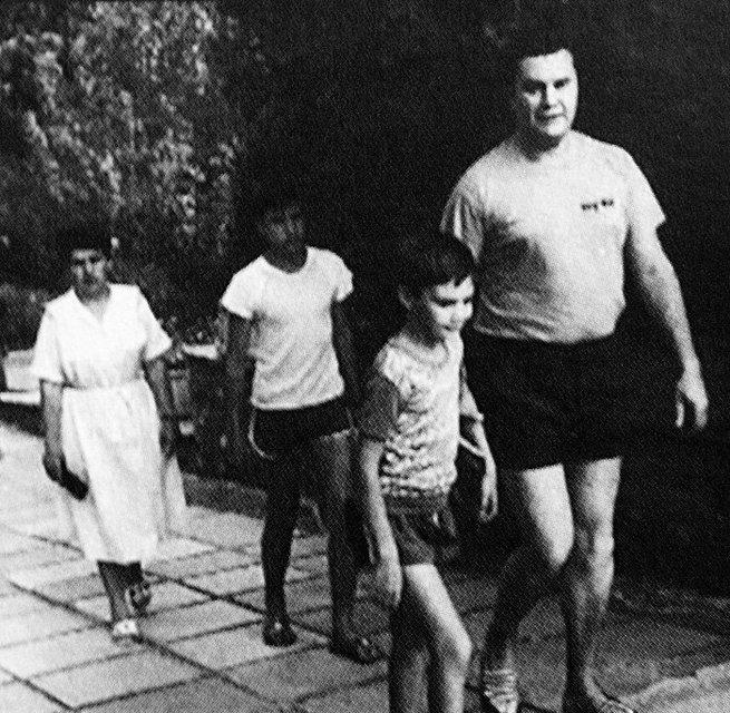 Из грязи в князи и назад: путь Виктора Януковича - фото 56098
