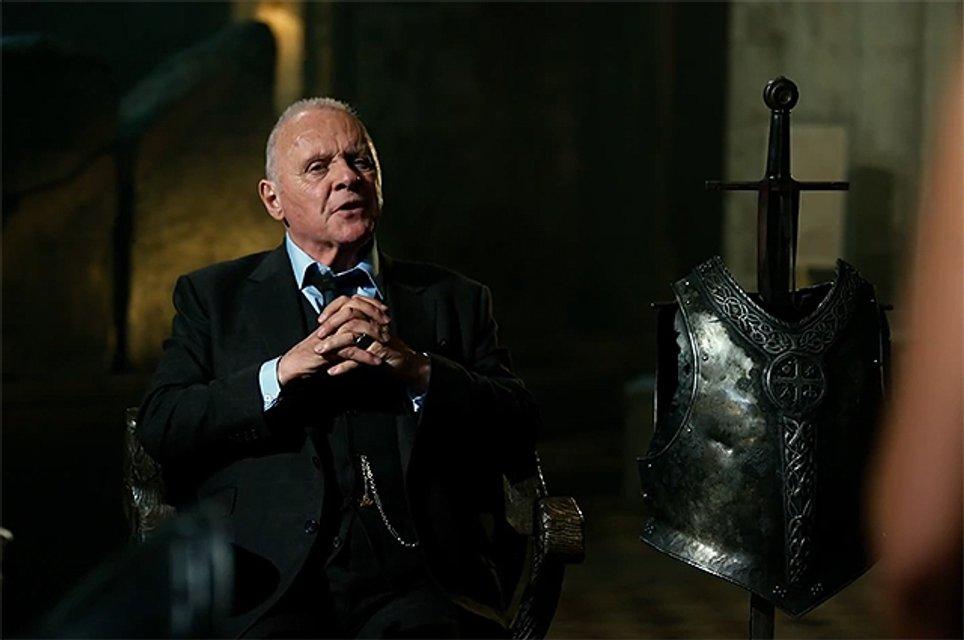 Энтони Хопкинс в фильме 'Трансформеры: Последний рыцарь' - фото 61825