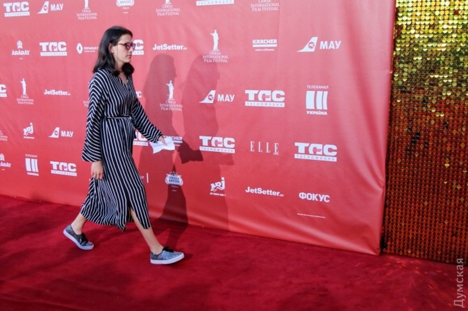 Одесский кинофестиваль: Все подряд на красной дорожке (фото) - фото 58074
