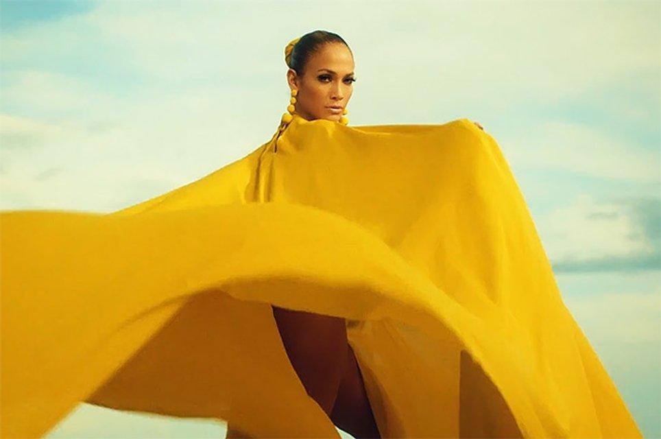 Дженнифер Лопес в клипе на песню Ni Tú Ni Yo - фото 57184