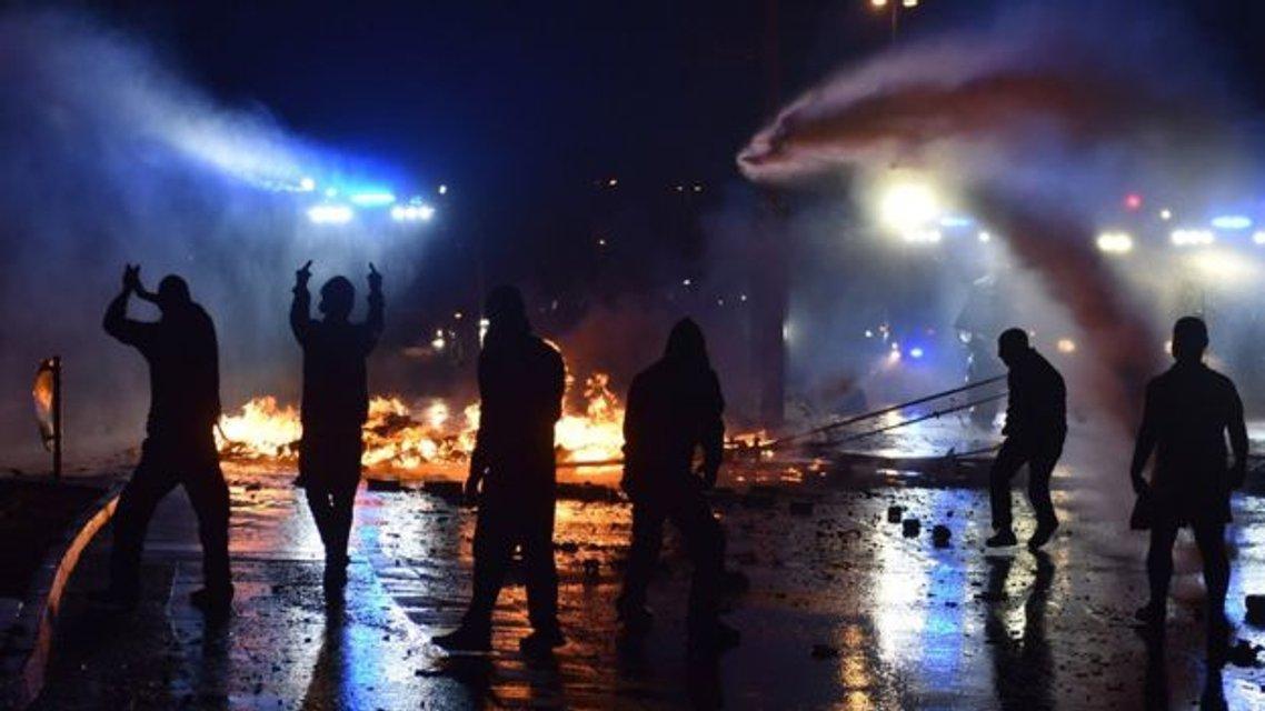 В Гамбурге продолжаются протесты - фото 56433