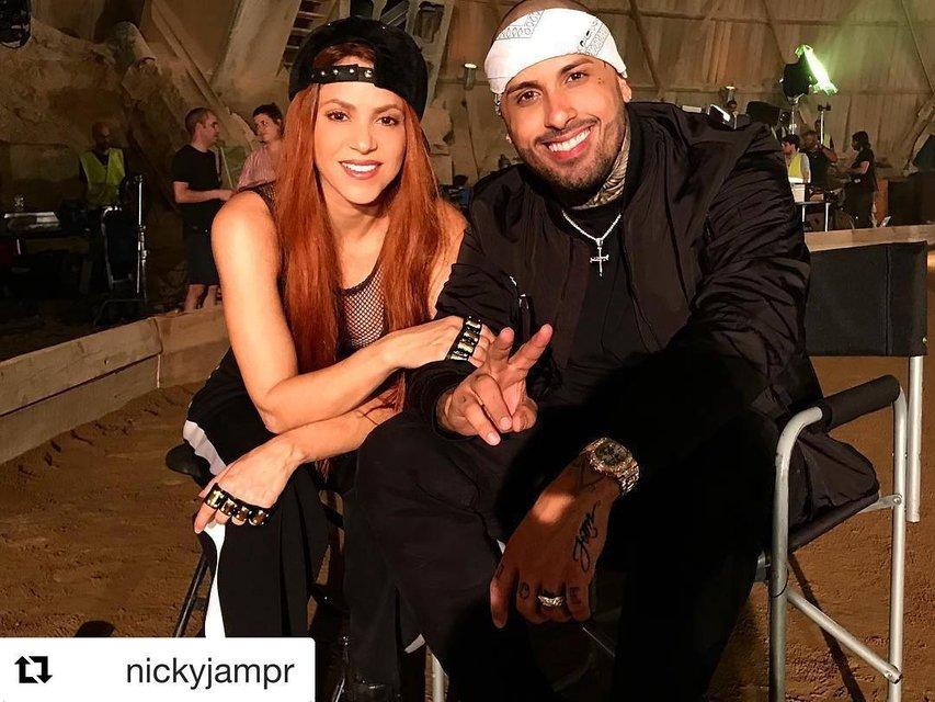 Шакира шокировала поклонников кардинальной сменой имиджа - фото 62223