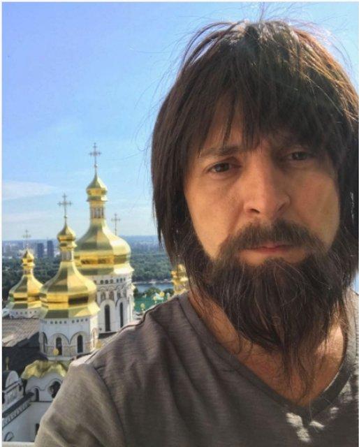 Зеленский шокировал фанатов образом для Слуги народа-2 - фото 60540