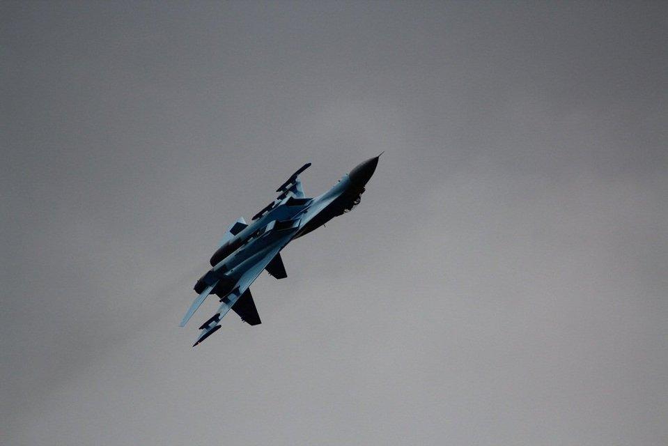 Украинские летчики получили награду на королевском авиашоу в Британии - фото 58727