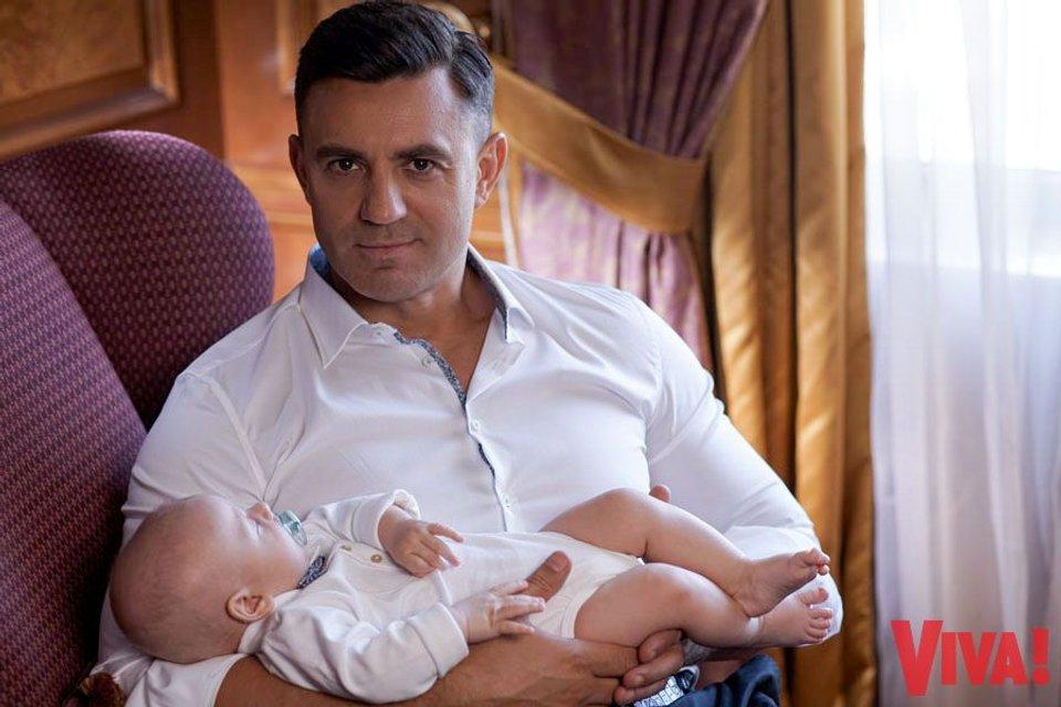 Николай Тищенко впервые показал лицо сына - фото 59445