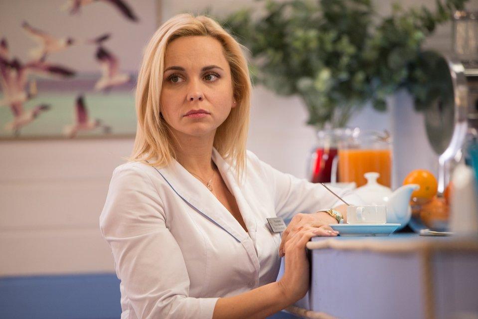 Лилия Ребрик в сериале Вверх тормашками - фото 61256