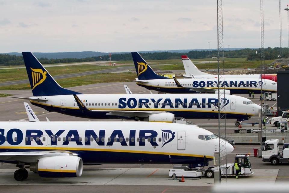 Все пропало: как соцсети упиваются горем по уходу Ryanair из Украины - фото 56992