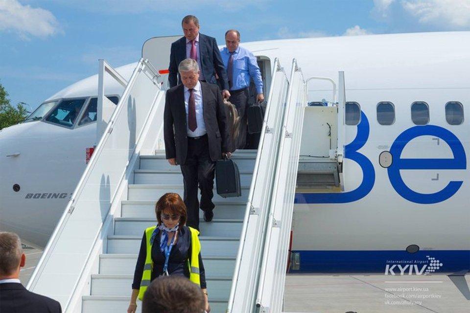 Летели отдельно: Лукашенко не взял министров на свой борт (фото) - фото 59631