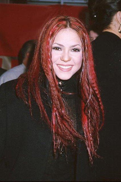 Шакира шокировала поклонников кардинальной сменой имиджа - фото 62225