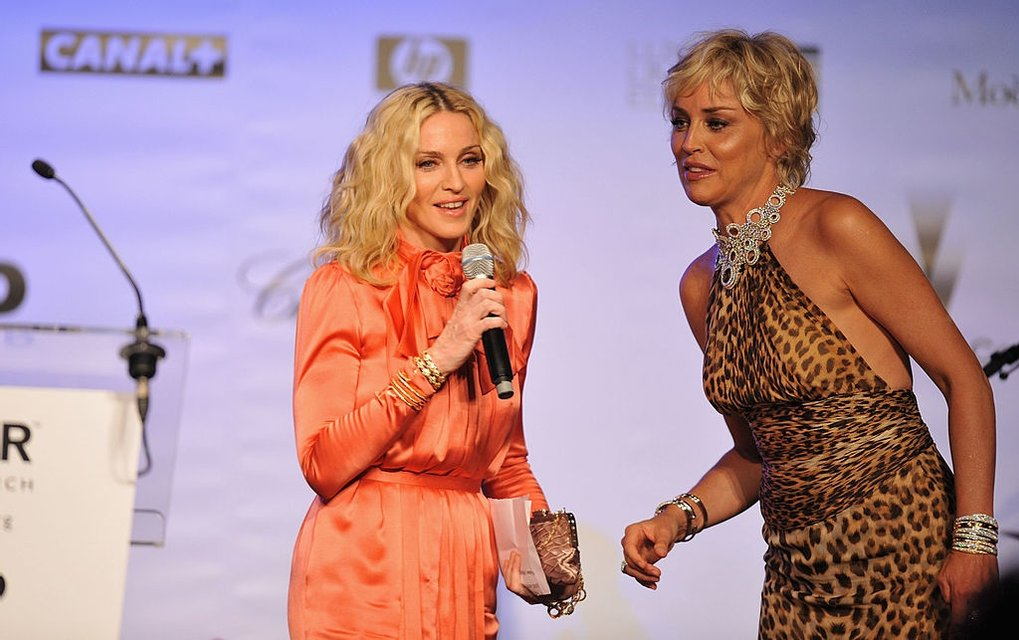 Шэрон Стоун и Мадонна - фото 57960