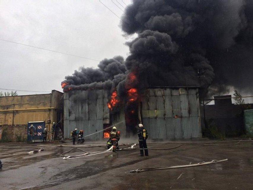 Пожар в Печерском районе Киева: фото - фото 61814