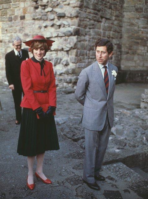 Диана с мужем – принцем Чарльзом - фото 56883