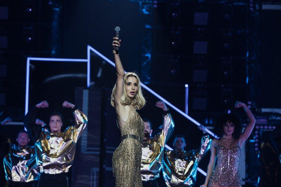 Забила на Украину: За лето Лобода выступит с концертами в 10 российских городах - фото 58668
