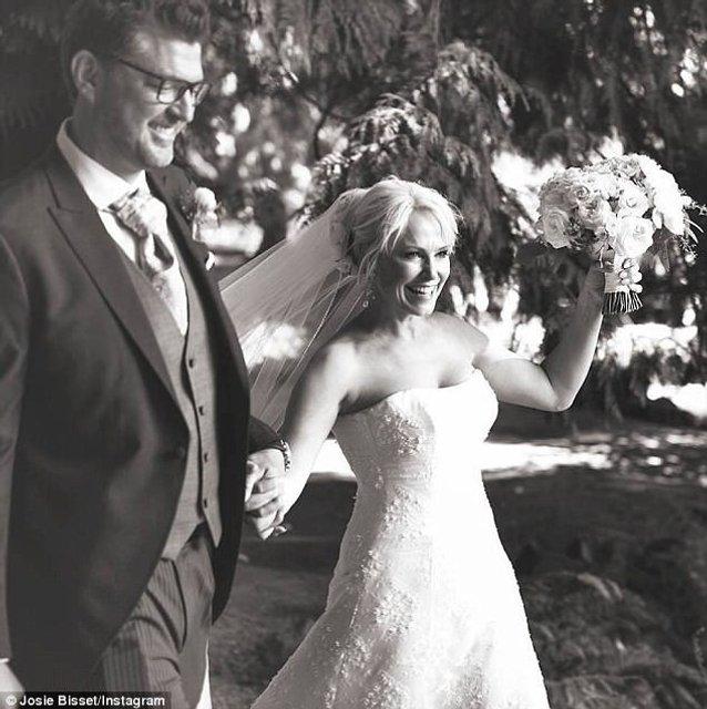 Свадьба Джози Биссет и Томаса Дойга - фото 57404